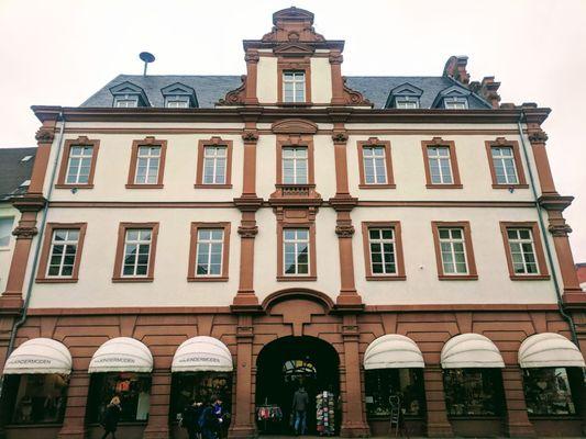 Alte Münze Landmarks Historical Buildings Maximilianstraße 90