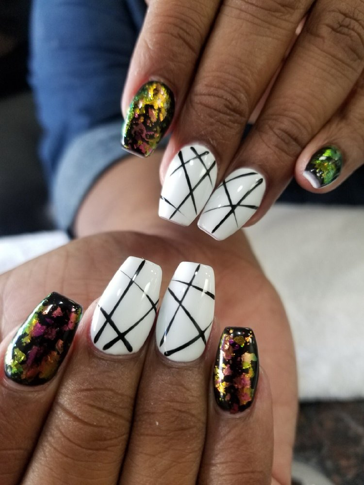 Infinity Nails: 1020 Green Acres Rd, Eugene, OR