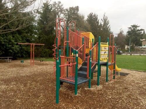 Perkin's Park: 702 Martin St, Steilacoom, WA