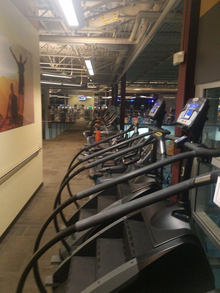 Genesis Health Clubs - Sprague: 14651 Sprague St, Omaha, NE