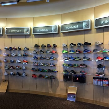 new balance outlet in la