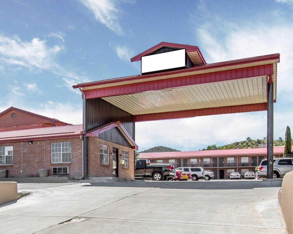 Rodeway Inn: 1225 E Gurley St, Prescott, AZ