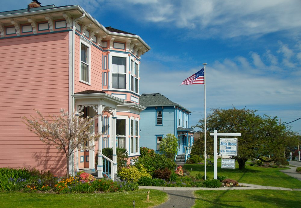 Blue Goose Inn Bed and Breakfast: 702 N Main St, Coupeville, WA