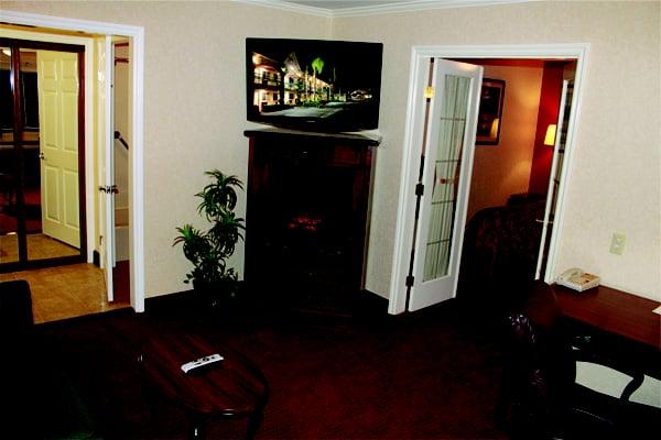 Photo Of Dynasty Suites Redlands Hotel