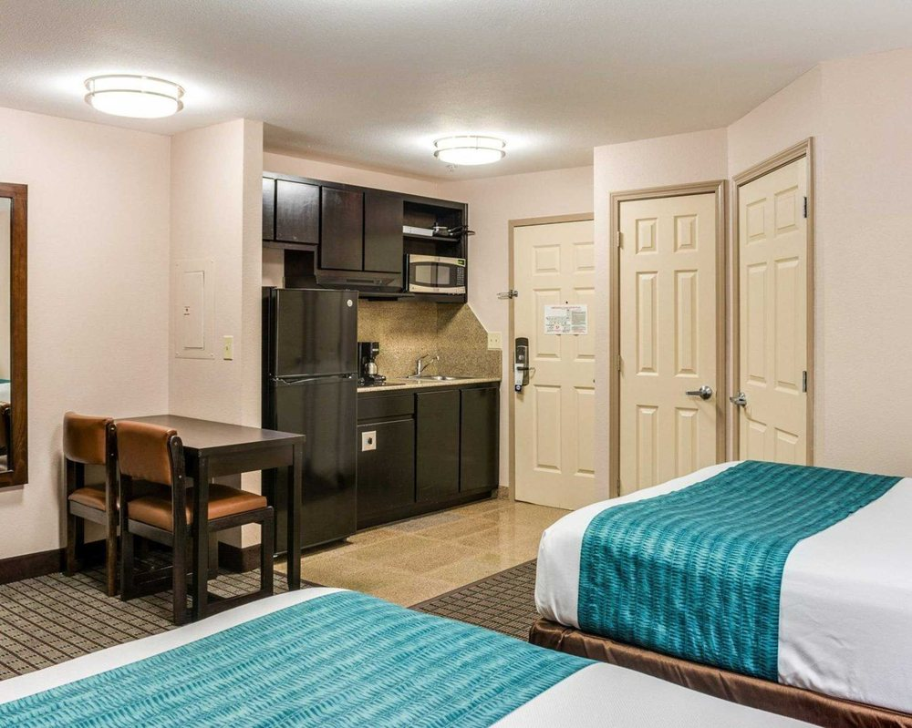 Suburban Extended Stay Hotel: 3051 Hwy 90, Avondale, LA