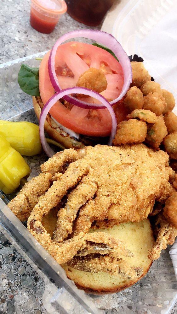 Sugar's Crab Shack: 2224 Chamberlayne Ave, Richmond, VA