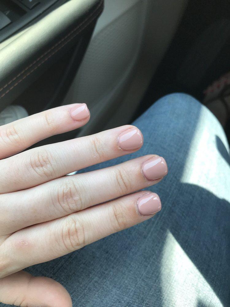 Modern Nails: 407 Sam Houston Jones Pkwy, Lake Charles, LA