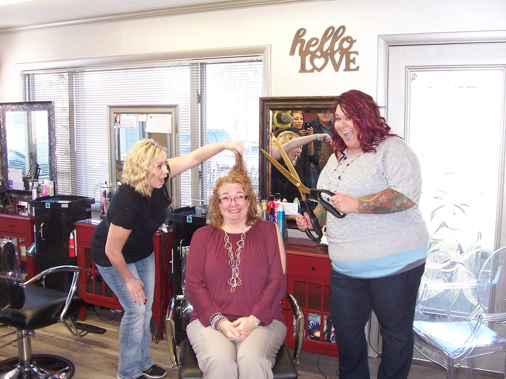 The New You Hair Nails & More: 3176 State Route 5, Cortland, OH