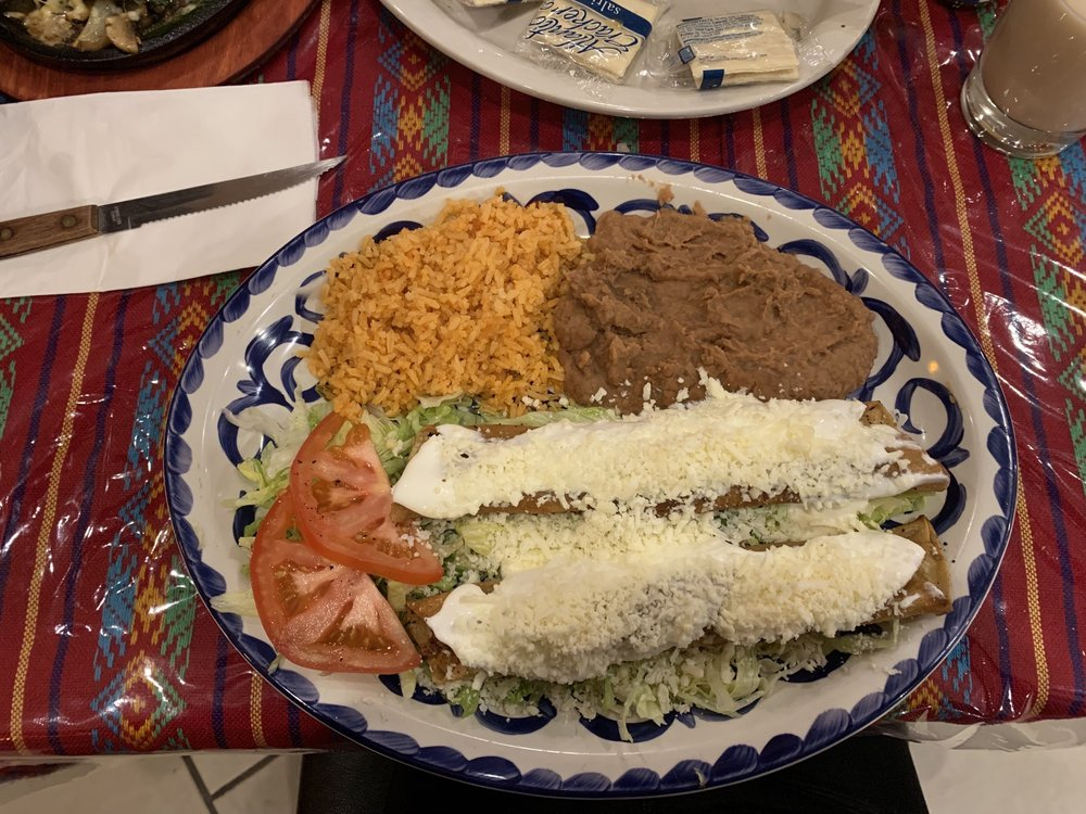 El Tezcal Mexican Restaurant