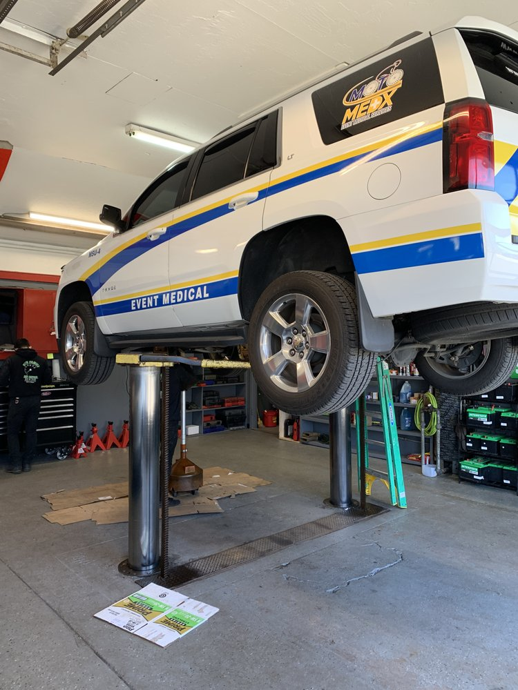 New Family Auto Repair: 643 Montauk Hwy, East Quogue, NY