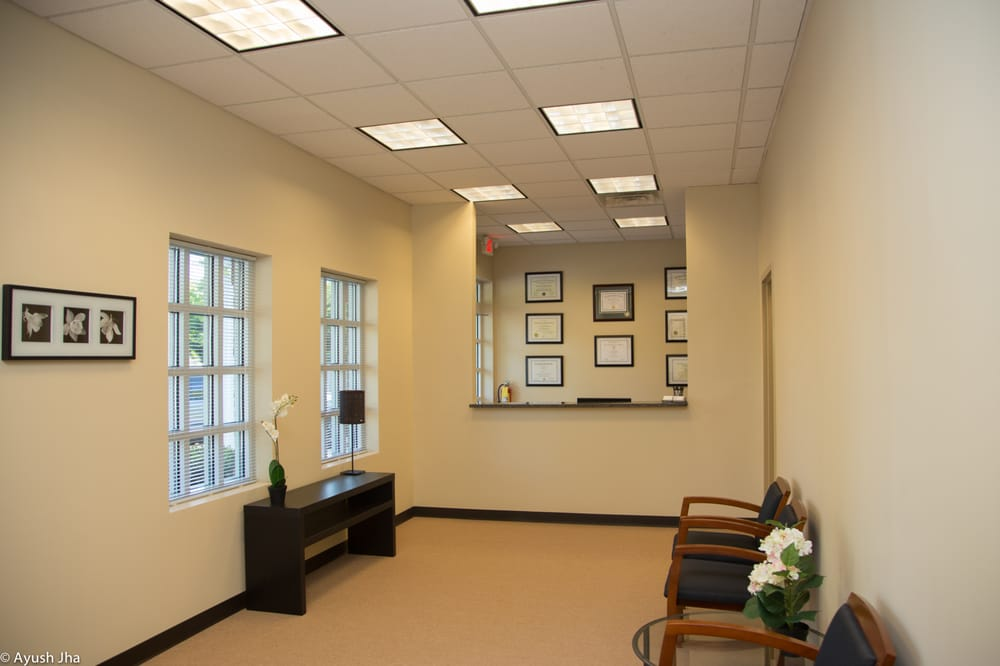 Foot & Ankle Health Centers: 3925 Johns Creek Ct, Suwanee, GA
