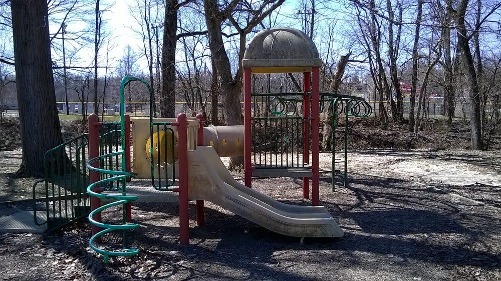 Ellis Park: 600 E Main St, Danville, IN