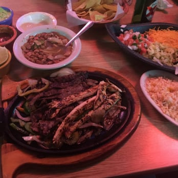 Photo Of Los Jalisciences Mexican Restaurant Arlington Tx United States Fajitas Mixtas