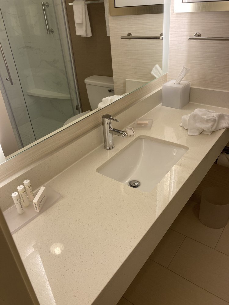 Fairfield Inn & Suites: 307 W Greene St, Rockingham, NC
