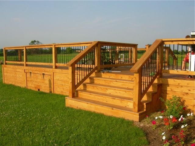 Decks and Fences by Ryan: 1361 Ouellette Avenue, Windsor, ON