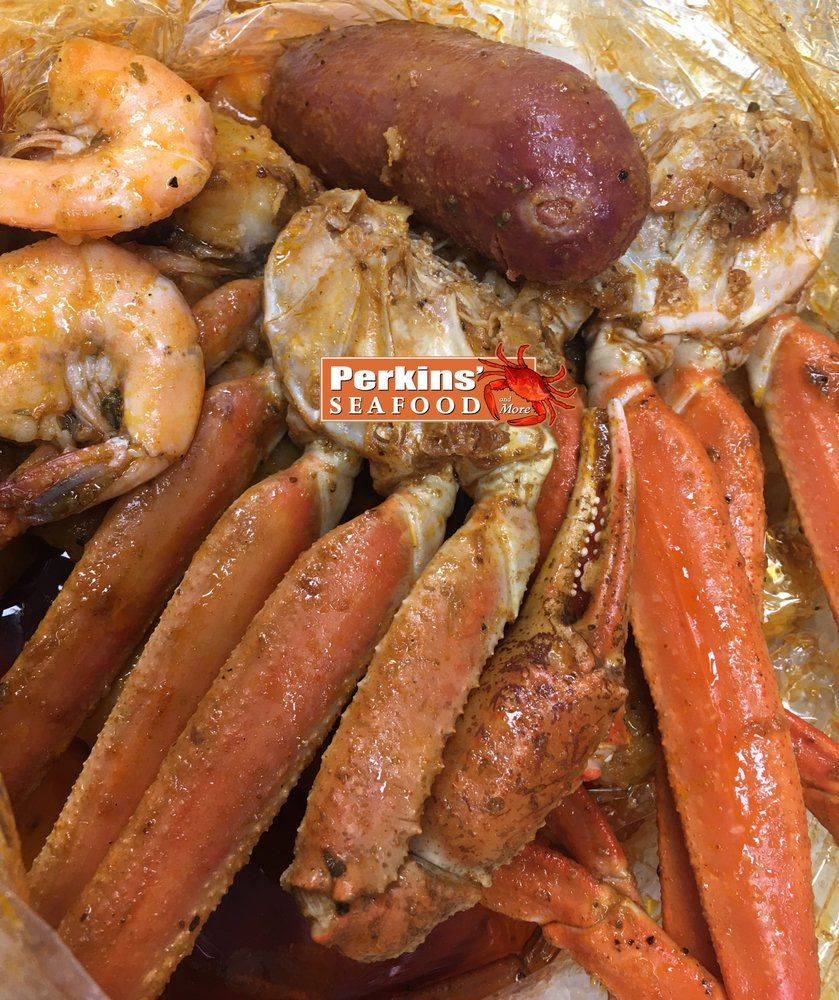 Perkins Seafood and More: 25314 Lankford Hwy, Onley, VA