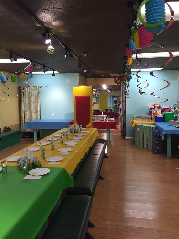 Pumper Jumpers।OC's Largest Kids Indoor Playground
