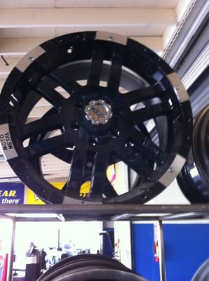 Calderon Tires Auto Center Tires 115 Ivy St Salinas Ca