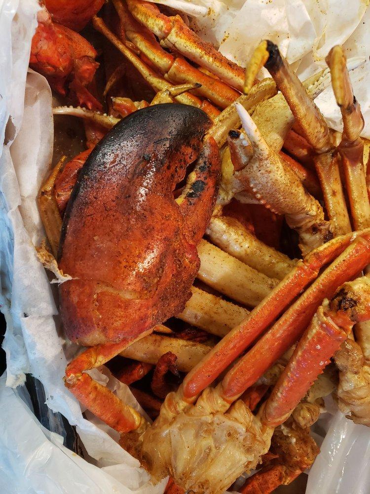 Viet Hung Seafood Market: 25374 Base Line St, San Bernardino, CA
