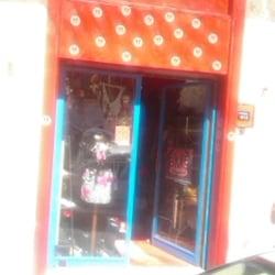 5152dfaeb9b3 Pifebo Vintage shop - Vintage Seconda mano - Via dei Valeri 10