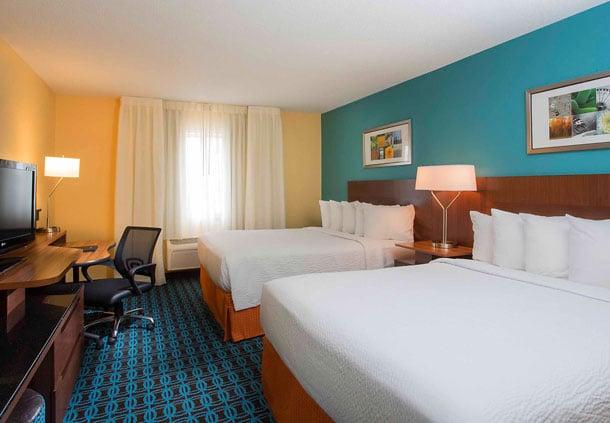 Fairfield Inn & Suites Findlay: 2000 Tiffin Ave, Findlay, OH