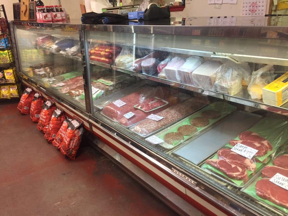 Bohuslav Red & White Grocery Store: 204 E Davilla, Granger, TX