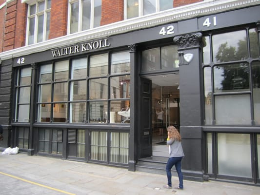Walter Knoll Furniture Shops 42 Charterhouse Square Farringdon