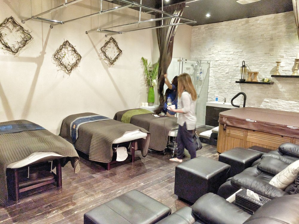 Massage Room at Aroma Day Spa in Markham