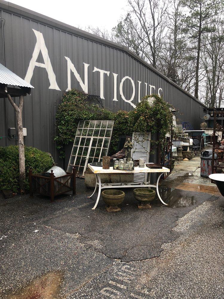 Chelsea Antiques: 14569 Hwy 280, Chelsea, AL