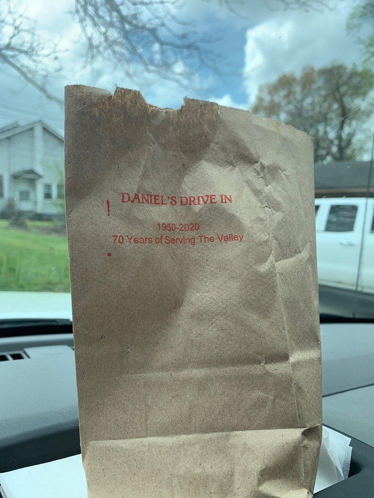 Daniel's Drive Inn: 210 US Highway 29, Valley, AL