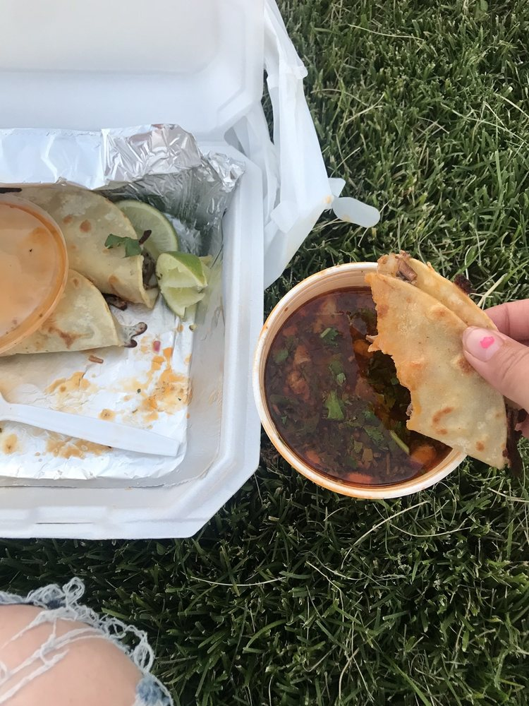 Tacos La Mordida: Albuquerque, NM