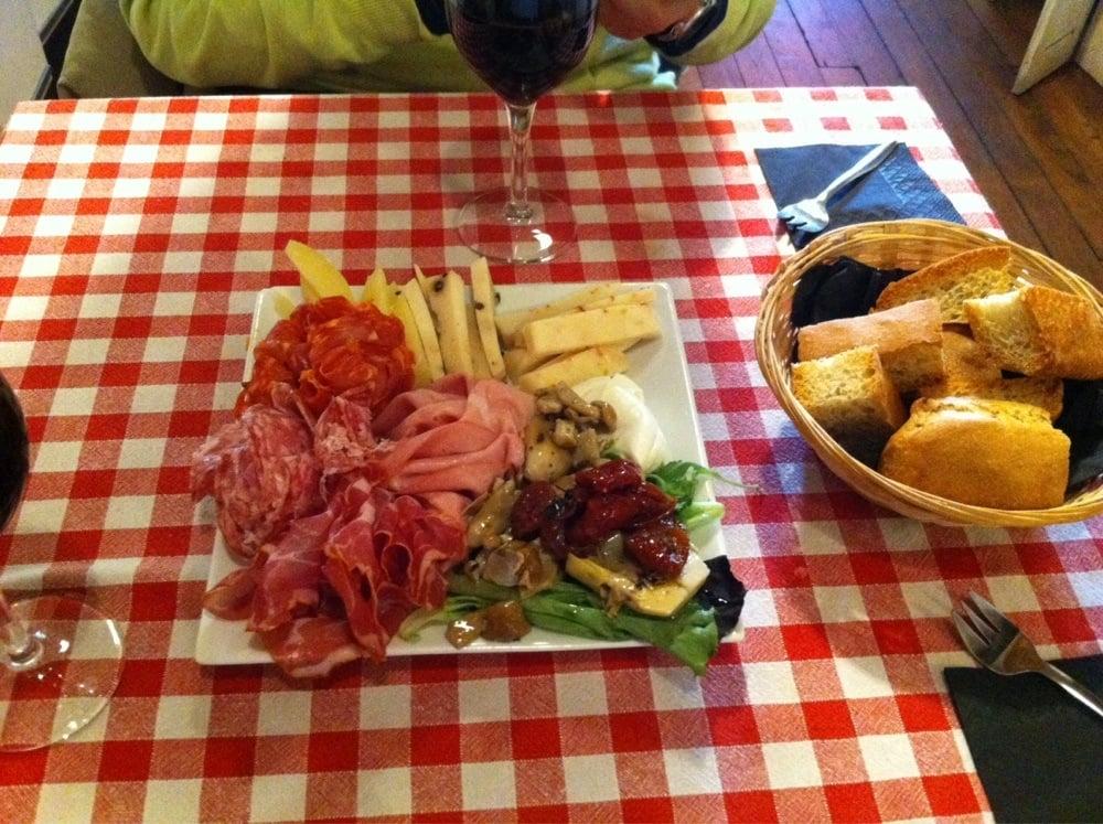 L epicerie musicale 37 photos 28 reviews italian restaurants 55 bis quai de valmy canal - Restaurant quai de valmy ...