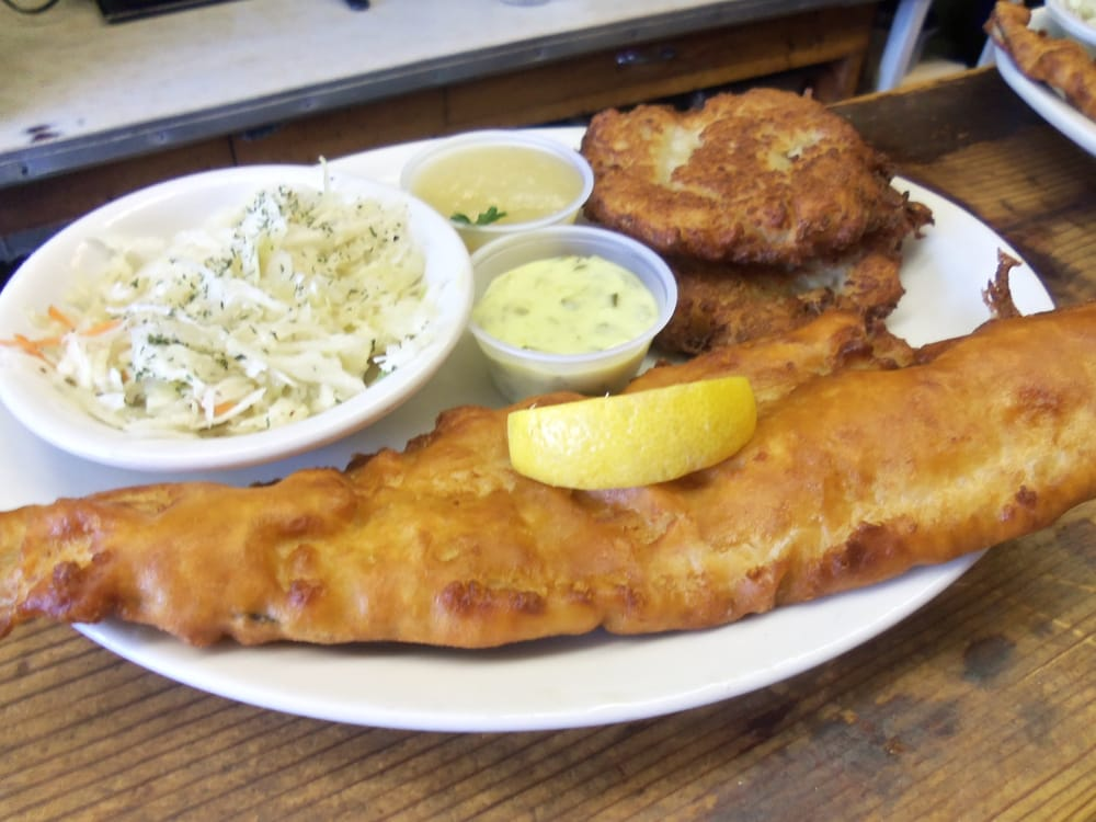Bavarian fish fry haddock with 2 potato pancakes yelp for Fish fry buffalo ny