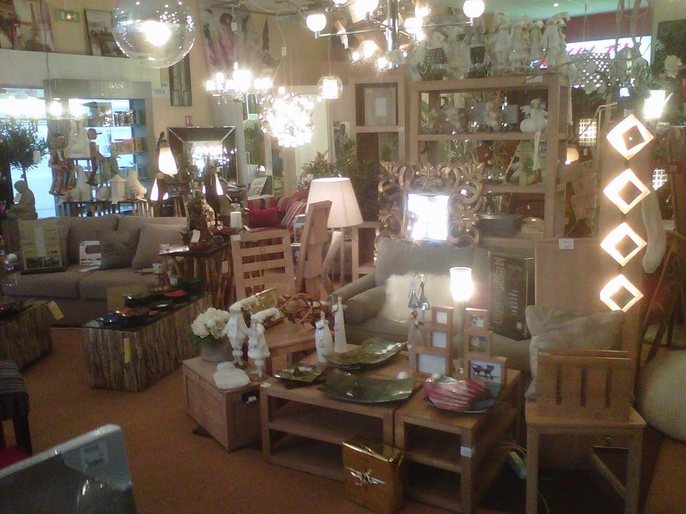 Comptoir du monde tienda de muebles cc les grandes - Muebles le monde ...