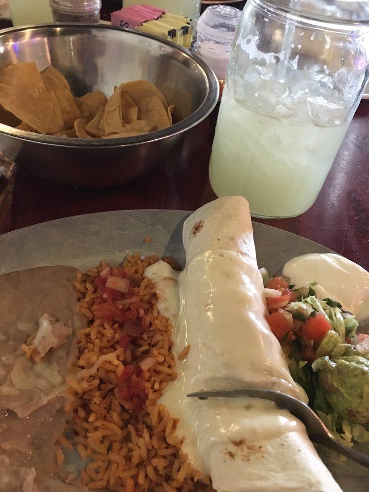 Antiguas Grill: 2422 N W Ave, El Dorado, AR