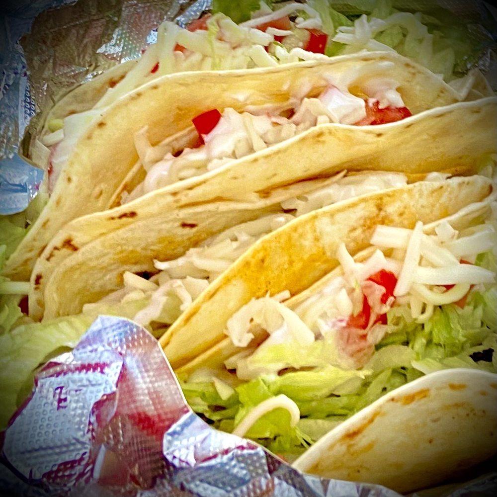 Laguna Mexican Restaurant And Bar: 88 N Main St, Clayton, GA