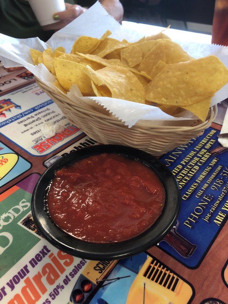 El Zarape Mexican Restaurant: 1116 N 2nd St, Stilwell, OK