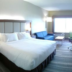 Photo Of Holiday Inn Express Suites Chicago North S Niles Il