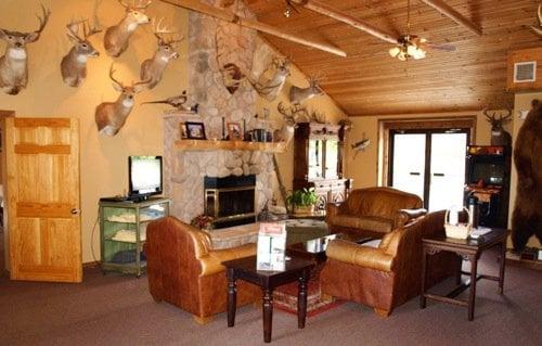The Lodge: 502 Ames St, Baldwin City, KS
