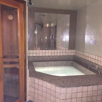 The Hot Tub Private Saunas 45 Photos 139 Reviews Saunas