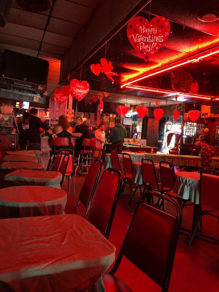 El Kalua's Night Club: 6927 Pacific Blvd, Huntington Park, CA