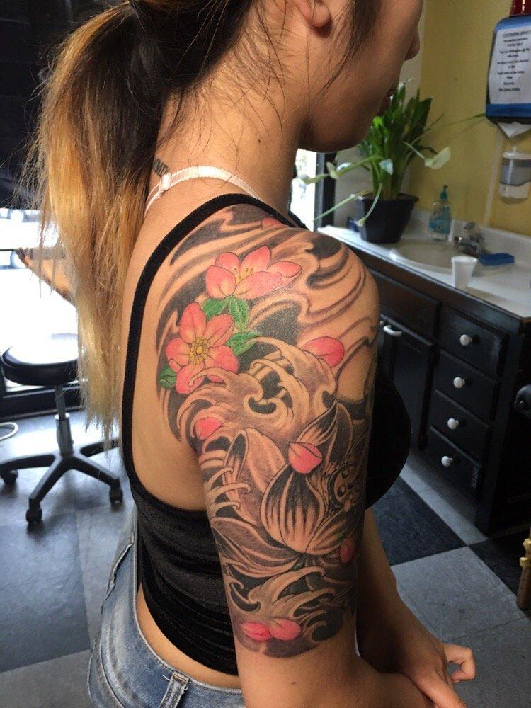 Jimmylai tattoos 387 foton 26 recensioner for Tenth street tattoo