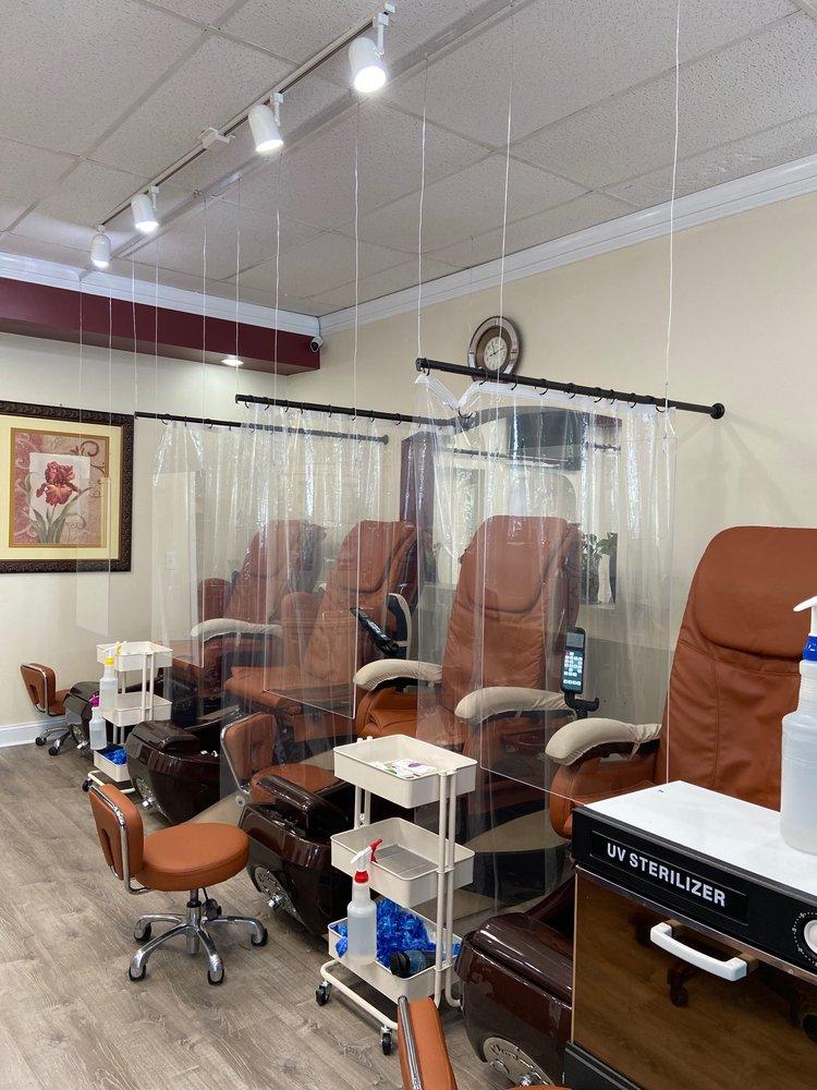 Serenity Nails & Spa: 923 Preston Ave, Charlottesville, VA