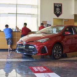Autonation Toyota Las Vegas 99 Photos 509 Reviews Car Dealers