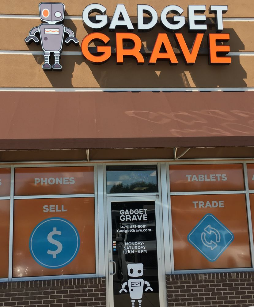 Gadget Grave: 1702 S Walton Blvd, Bentonville, AR