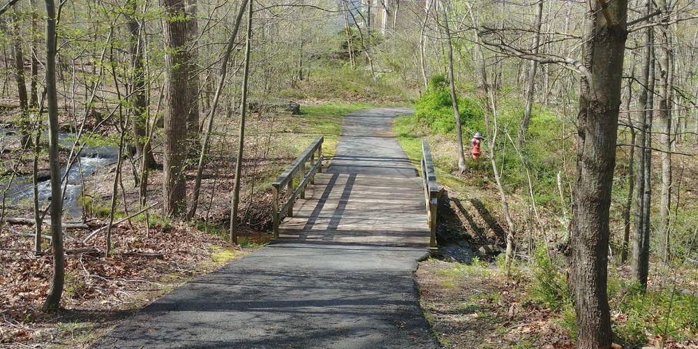 Sugarland Run Stream Valley Trail: Town Of Herndon Line, Herndon, VA