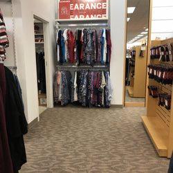 dress barn dress barn woman women\u0027s clothing 87 outlet sqphoto of dress barn dress barn woman hershey, pa, united states