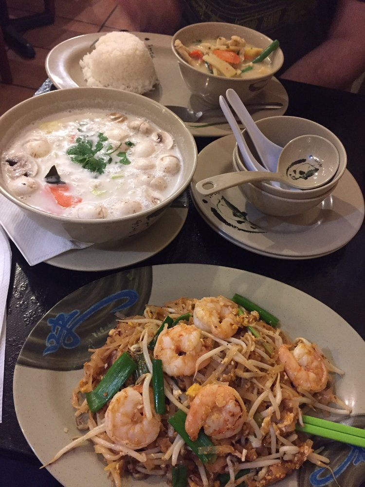 Food from Thai Boat