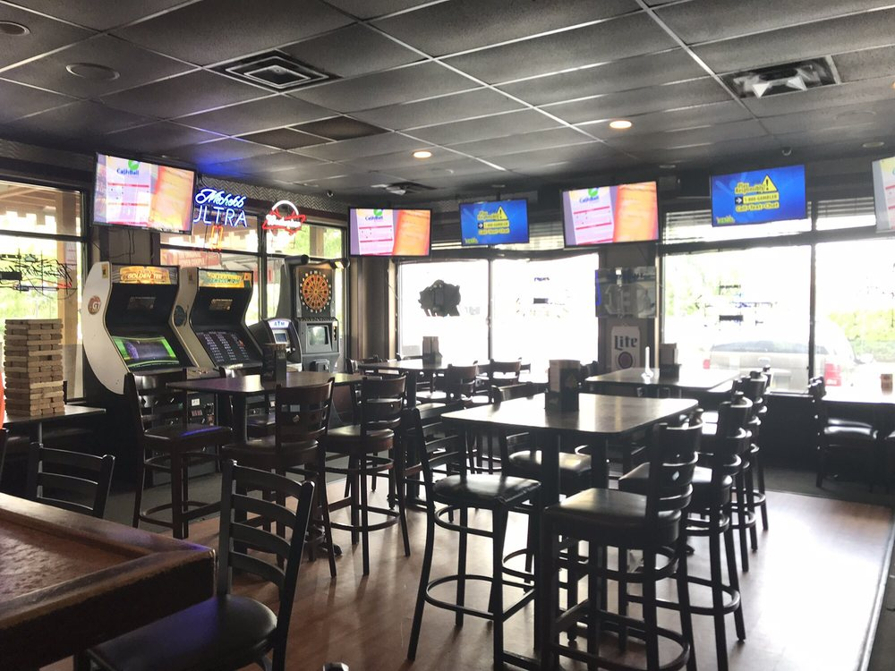 Game Time Sports Bar & Grill: 136 E 3rd St, Newport, KY