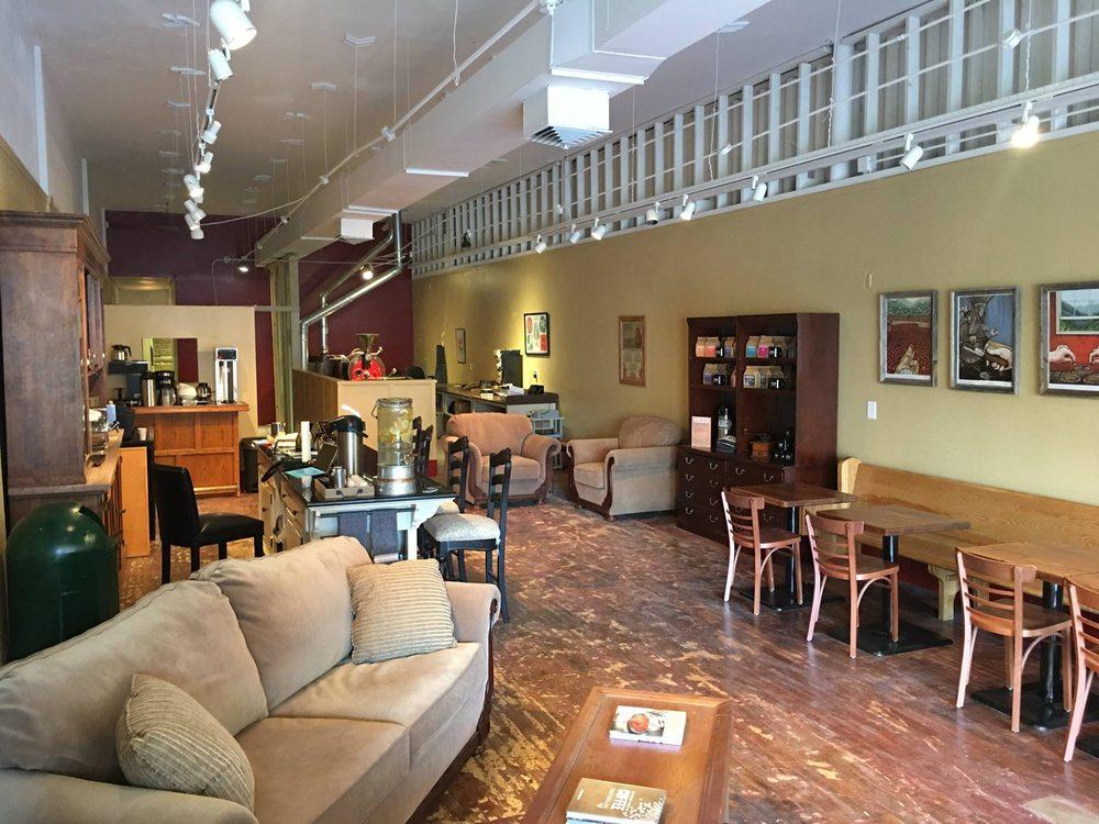 Mokaska Coffee Company: 705 Edmond St, Saint Joseph, MO